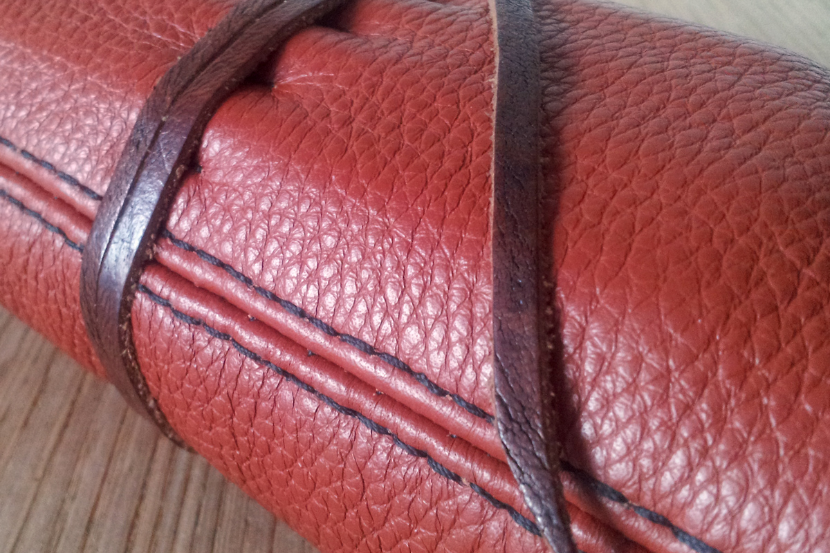 leatherwork leather roll-up pencil case stitching sewing handmade
