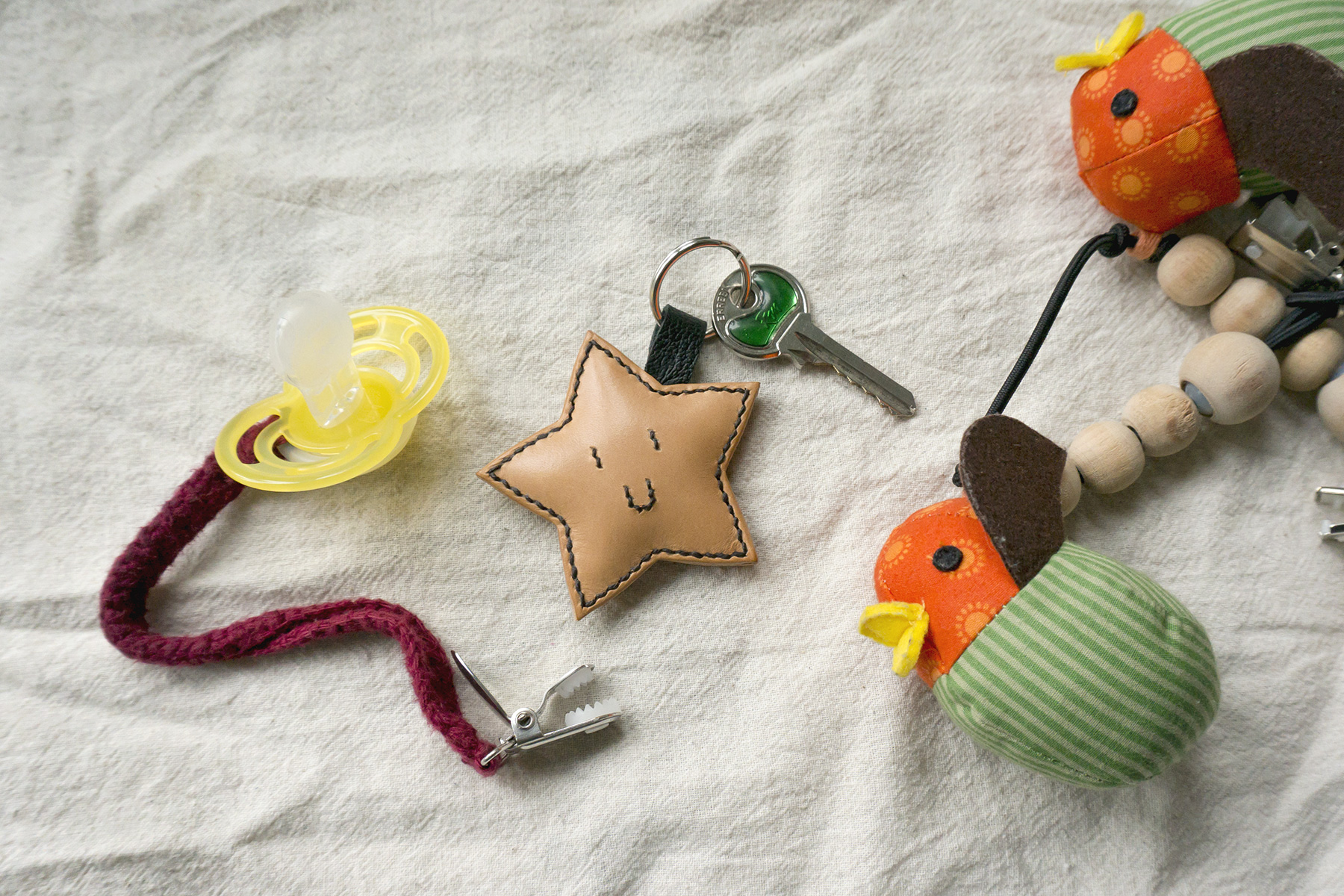 leatherwork leather star key keychain baby toy stitching sewing handmade
